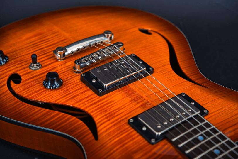 Electric_Guitar_Maybach_Guitars_Marilyn_midnight_sunset_pickup_spirit_of_59