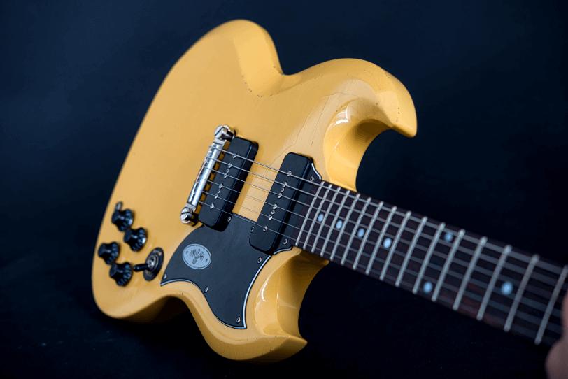 Electric_Guitar_Maybach_Guitars_Albatroz_double_pickup_tv_yellow