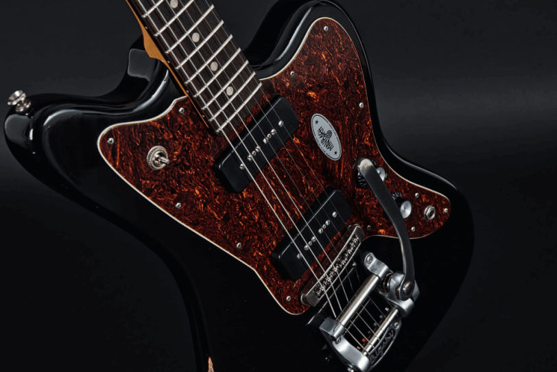 Electric_Guitar_Maybach_Guitars_Jazpole_black