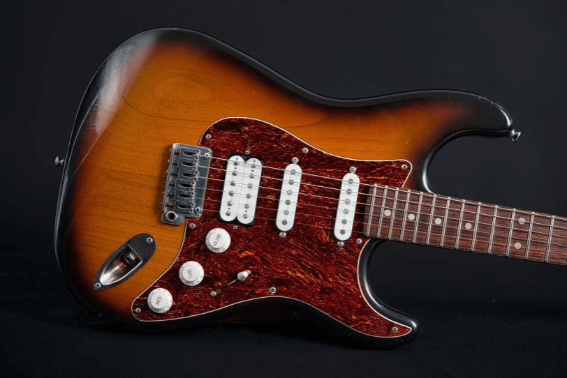 Electric_Guitar_Maybach_Guitars_Stradovari_Superfly_3-Tone_Sunburst_2