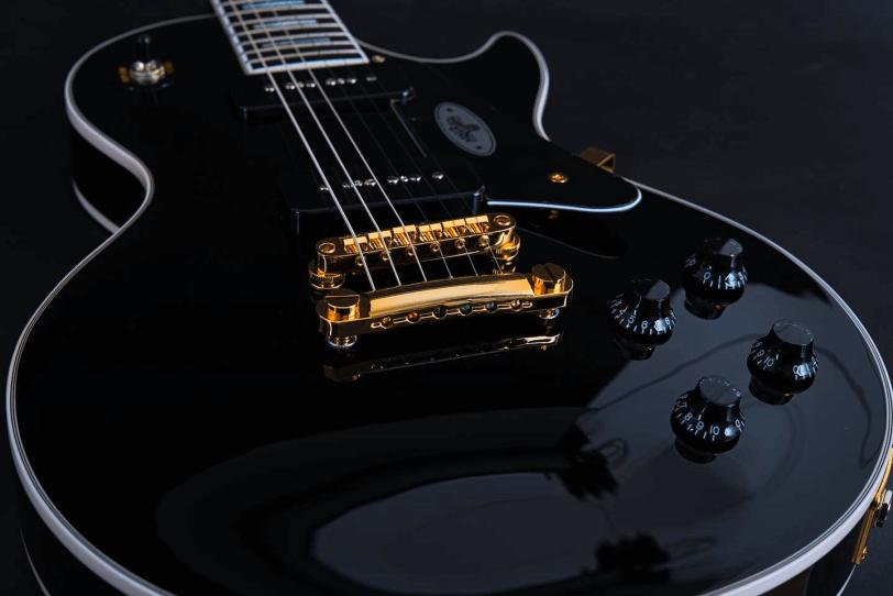 Hardware_Electric_Guitar_Maybach_Guitars_Lester_Black_Velvet_gold_mechanics