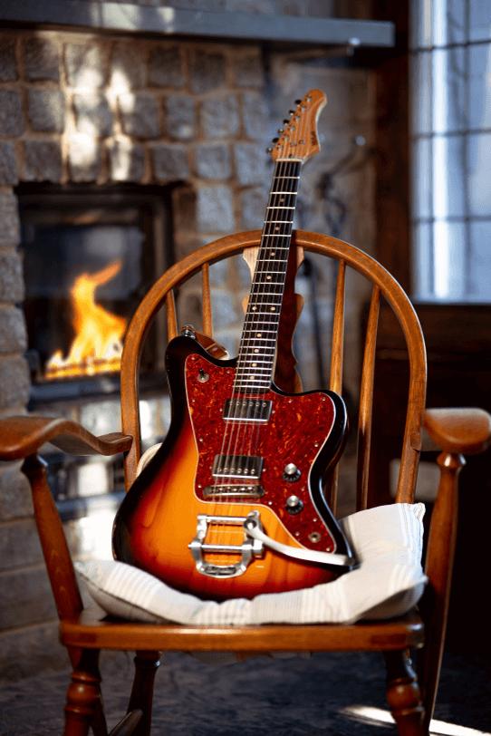 Electric_Guitar_Maybach_Guitars_Jazpole_3-tone_sunburst_hero1