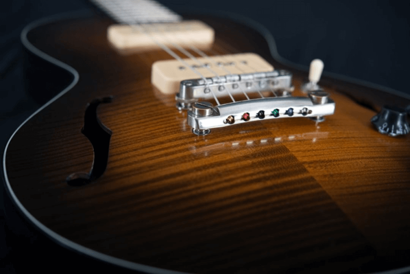 Electric_Guitar_Maybach_Guitars_Little_Wing_Arched-Top_Midnight_Sunset_top
