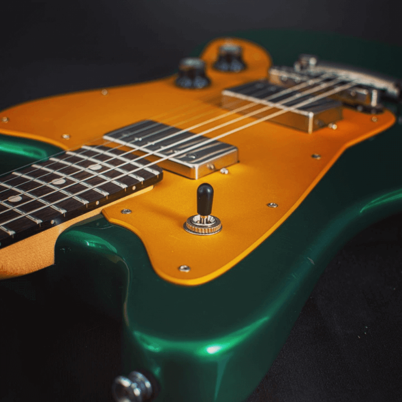 Toggle_Switch_Electric_Guitar_Maybach_Guitars_Jazpole_green_gold_top