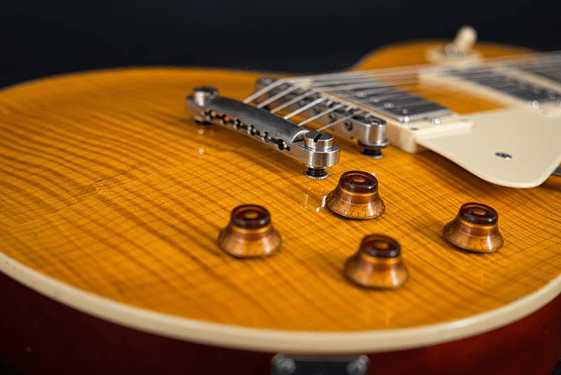 Electric_Guitar_Maybach_Guitars_Lester_Custom_Shop_Wild_Saffron_plugin_view
